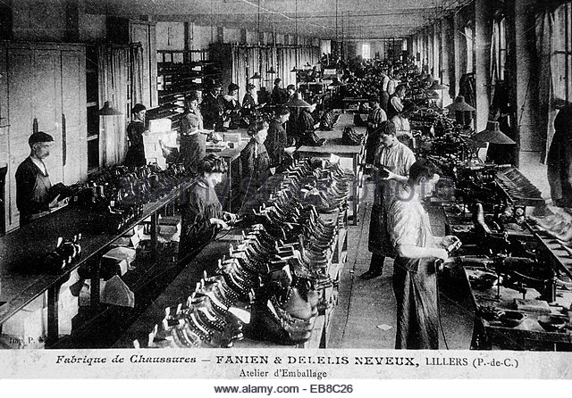 ancient-photograph-reproduction-shoes-factory-maison-de-la-chaussure-eb8c26